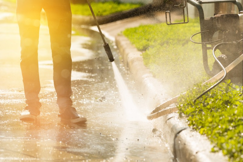 High Pressure Washing Safety - Clear the Area